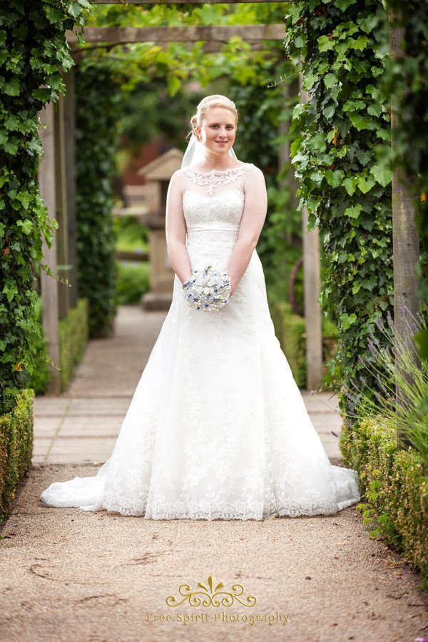 Getting married Chester zoo