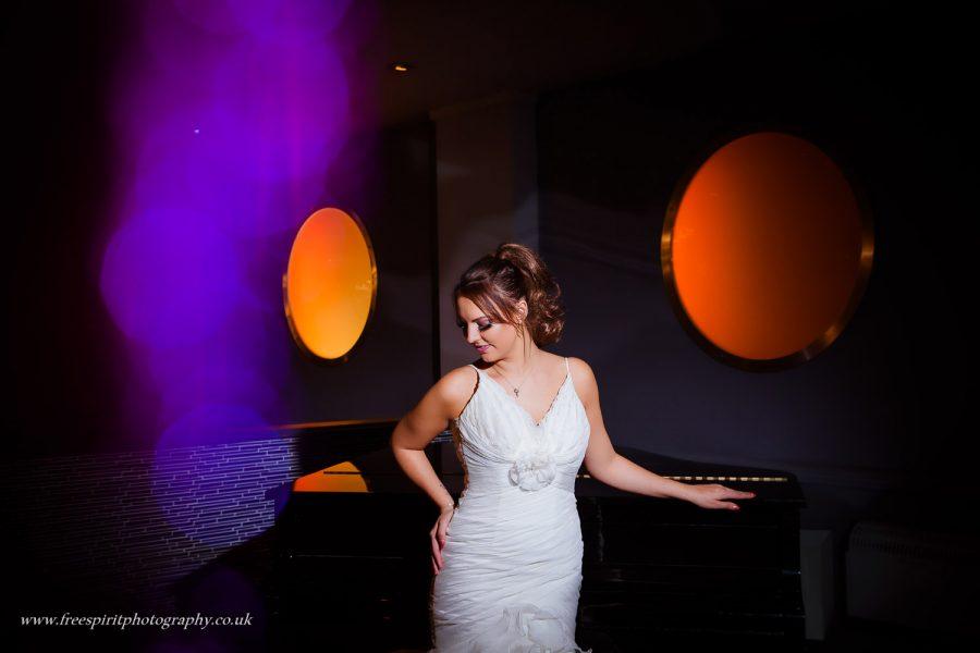 ELLESMERE PORT WEDDING PHOTOGRAPHER